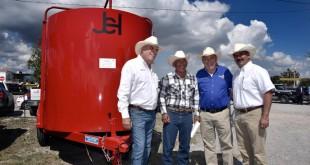 Productores-del-Municipio-de-Saltillo-están-fortalecidos-9-862x576