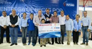 ENTREGA DE BECAS DEPORTIVAS (1)