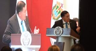 Rinde-protesta-Isidro-como-Vicepresidente-de-la-ANCICA-7-862x576