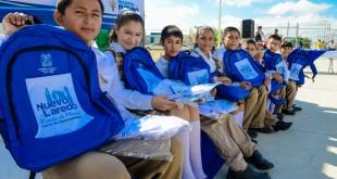 culmina entrega de utiles y uniformes (1)